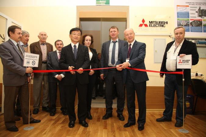 Лаборатория Mitsubishi Electric в ЛЭТИ